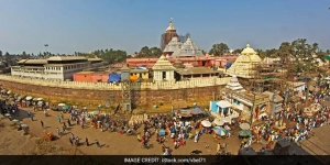 Cleaning Up Jagannath Temple As Part Of The Swachh Bharat Campaign