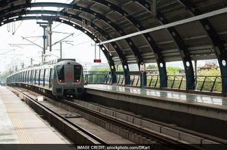 This Diwali, Delhi Metro Runs Special Train With 'Swachh Bharat' Theme