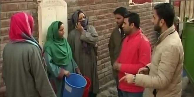 Students From Kashmir Spread The Message Of Solid Waste Management