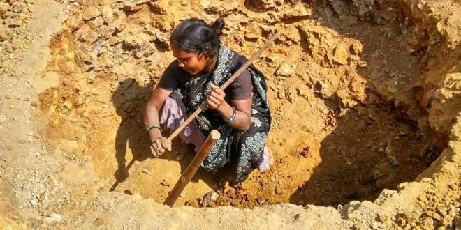 Sushila Khurkute dug a hole near her house for three days.