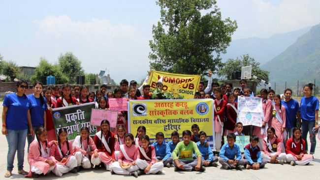 Healing The Himalayas These Manali Trekkers Are On A Swachhta Spree To Save Himalayan Rivers (8)