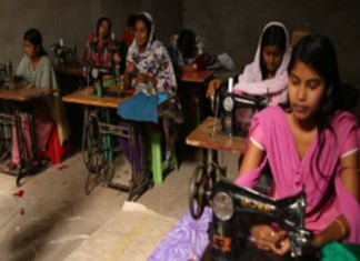 Murshidabad's Young Divorcees Battle Apathy And Penury