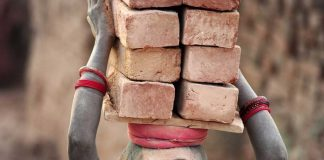 This Is Delaying Bonded Labourers Rescue In India