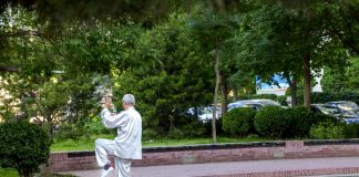 Tai Chi May Help Prevent Falls In Elderly, Shows Study