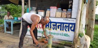 As India Turns 70, Gorakhpur Demands Better Healthcare, Safe Drinking Water