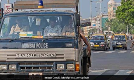 Mumbai Police's Brilliant Road Safety Strategy In 140 Characters