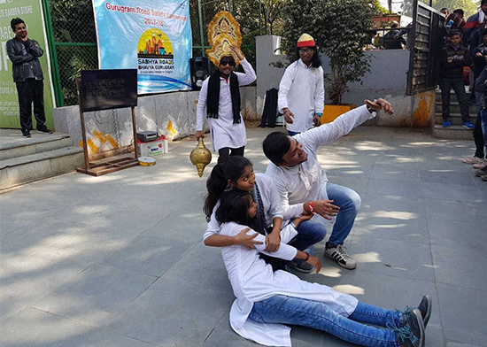 After Santa Claus, <i>Yamraj</i> And <i>Chitragupta</i> Come To Gurugram To Teach A Lesson On Road Safety