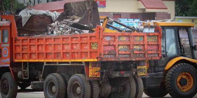 Over 1,000 tonnes of waste are generated around immersion spots in Mumbai