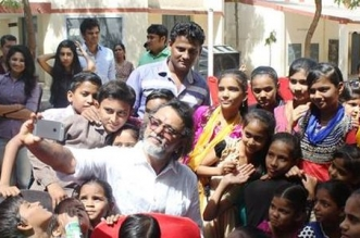 Rakeysh Omprakash Mehra's Contribution For A Swachh India: 800 Toilets And Counting In Slums Across India