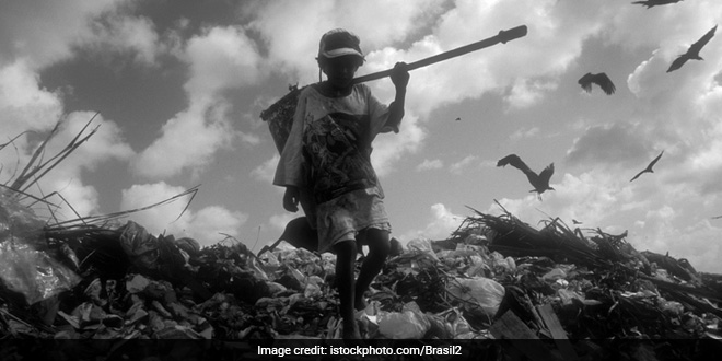 Swachh Bharat Abhiyan Reality: Are Mumbai's Sanitation Workers Exploited On Contractual System?
