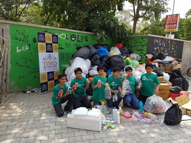 Can This Smart Bin Made By 13-year-old School Children Solve India's Growing Garbage Issues?
