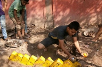 Best Out Of Waste: These Young Lads Of Chandigarh Set A Record By Turning Their School Trash Into A Striking Garden