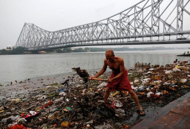 In Pictures: The Mighty River Of India Is Dying And We Are To Be Blamed