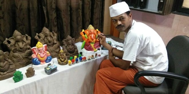 Ganpati Bappa Morya Re! This Ganesh Chaturthi Go Green With Mumbaikar's Eco-Friendly Ganpati Idols Made Of Cow Dung