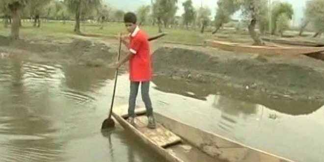 Restoring Kashmir's Glory An 18-Year Old Appointed As Cleanliness Ambassador For Saving Wular Lake