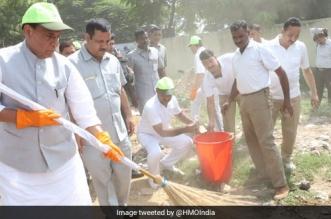 Three Years Of Swachh Bharat Abhiyan: Home Minister Rajnath Singh Launches Swachhta Hi Seva In New Delhi