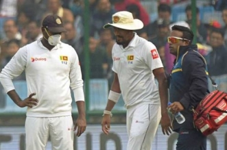 On Day 4 Of India vs Sri Lanka Test Match, Suranga Lakmal And Mohammed Shami Vomit Due To Delhi's Notorious Smog