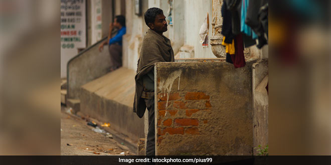 You May End Up Paying A Hefty Amount If You Spit, Defecate, Or Litter In Public Places In Maharashtra