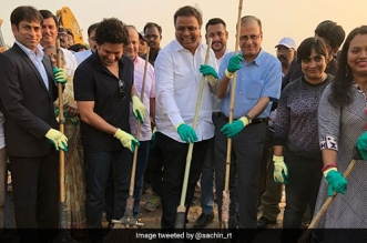 Sachin Tendulkar And Other Sport Personalities Give A Boost Swachh Survekshan 2018, Participate In Clean-Up Drives