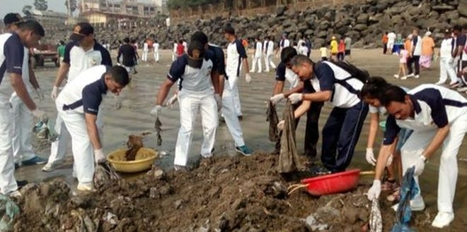In A First, 400 Coast Guard Officers Join World's Biggest Beach Clean-up At Versova With Afroz Shah