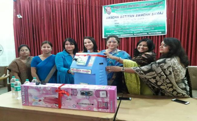 'Swachh Betiyan, Swachh Samaj': Three Friends From Bihar Are On A Mission To Improve State's Menstrual Hygiene