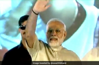 Narendra Modi Addresses 20,000 'Swachhagrahis' In Bihar As Chalo Champaran Comes To An End