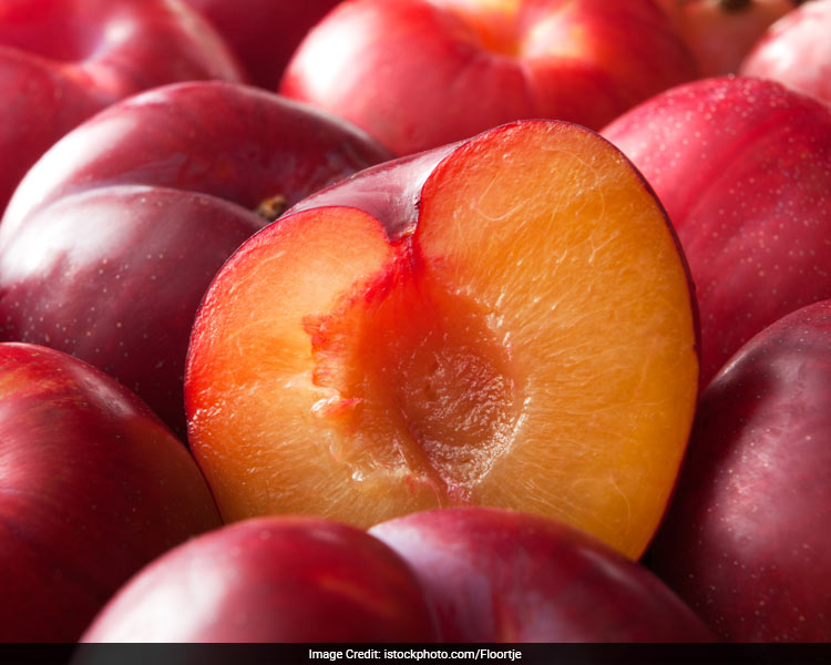 Plums can help avoid heatstroke