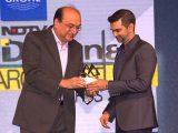 Sanjay-Puri-was-awarded-the-Design-innovation-award-20161