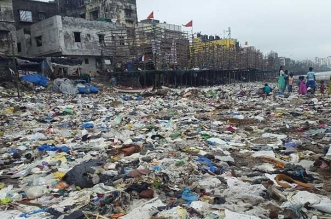 Banega Swachh India - Versova Beach Clean Up, Mumbai