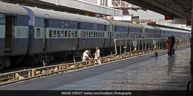 Banega Swachh India - Railways 660
