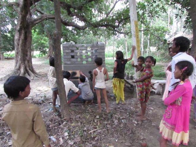 Indian Ladies In Toilet