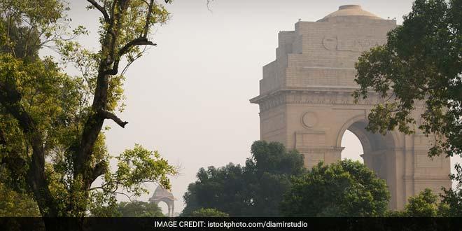 Banega Swachh India- Now A Fine On Urinating In The Open In Lutyen's Delhi