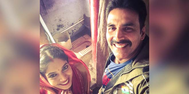 Akshay Kumar Wraps Shoot For 'Toilet- Ek Prem Katha' With This Pic