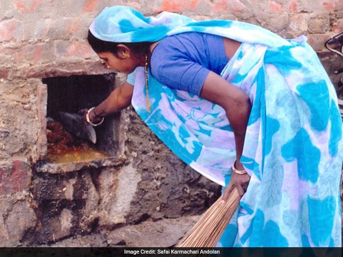 Maharashtra has 63,000 households dependent on manual scavengers