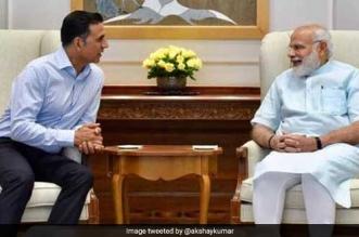 Akshay Kumar Bonds With Prime Minister Narendra Modi Over Toilet- Ek Prem Katha