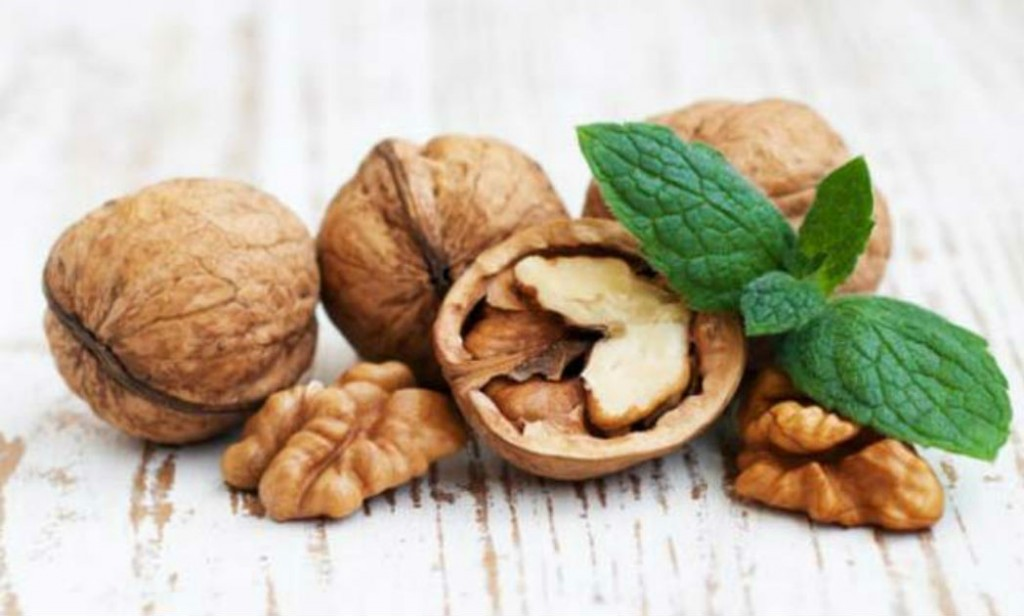Walnuts May Help Prevent Colon Cancer Says Study Everylifecounts Ndtv Com