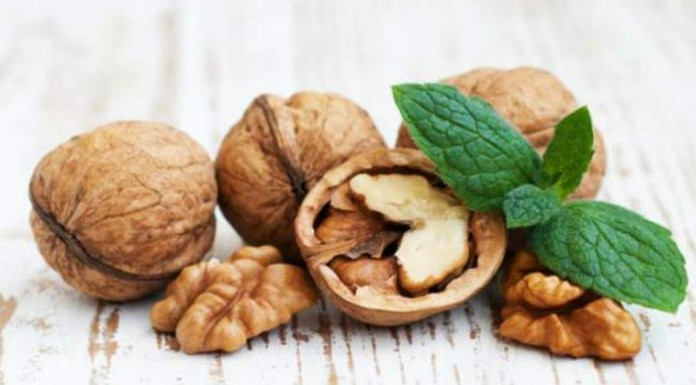 Walnuts May Help Prevent Colon Cancer, Says Study