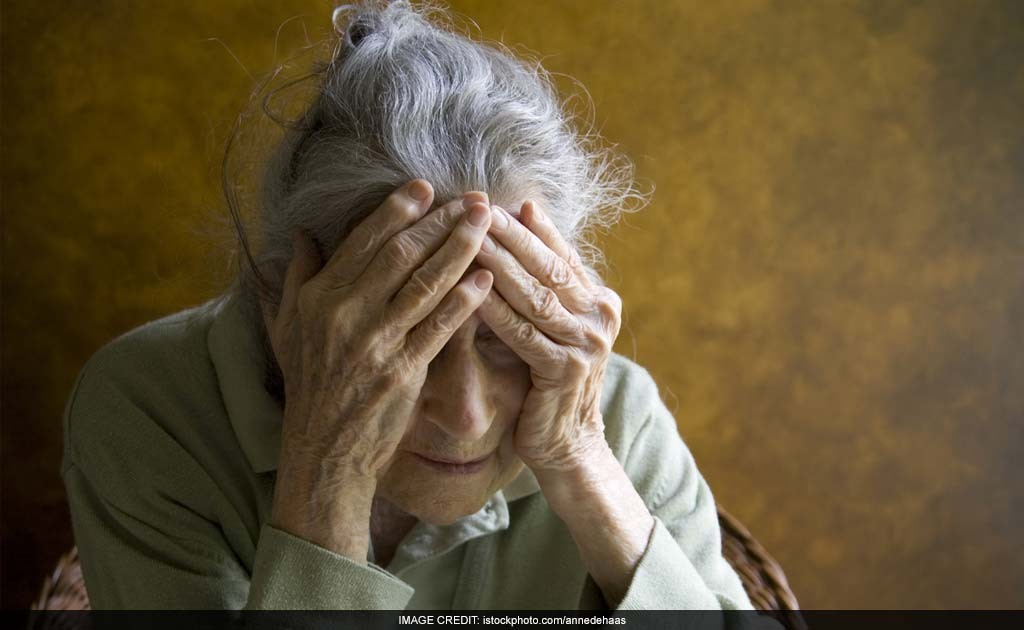 alzheimer disease not just memory loss Memory loss that disrupts daily life may be a symptom of alzheimer's or another  dementia – learn the 10 early signs and what to do if you notice them   alzheimer's is a brain disease that causes a slow decline in memory, thinking  and  they may have trouble understanding something if it is not happening  immediately.