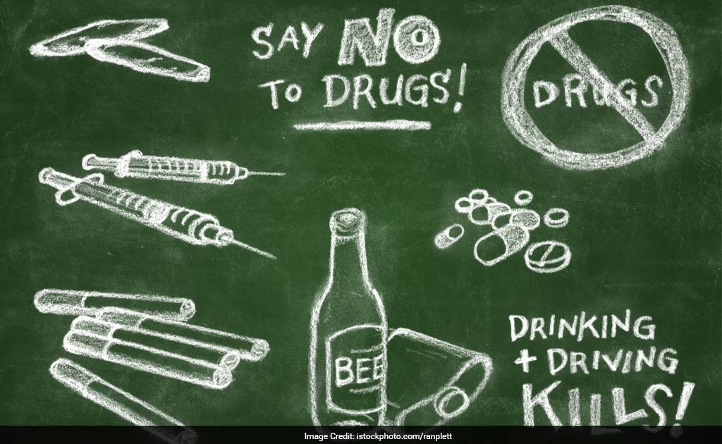short dialogue abou drugs Even if the conversation didn't go exactly as planned, your gratitude will make your child feel good and shows it was important to you break through barriers it can be difficult to get past a flat-out denial of drug or alcohol use from your son or daughter.