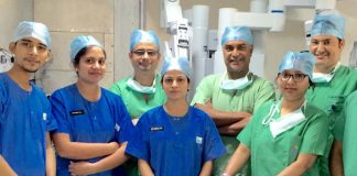 Delhi Doctors Remove 'Melon Sized' Tumour From Woman's Throat Using Robotic Surgery