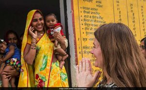 """Contraceptives Are """"One Of The Greatest Anti-Poverty Innovations"""", Says Melinda Gates"""
