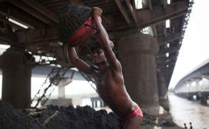 Manual Sand Miners Offered Jobs In Maharashtra After Unreported Deaths Expose