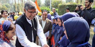 I Will Struggle For You: Kailash Satyarthi Tells Children In Kashmir