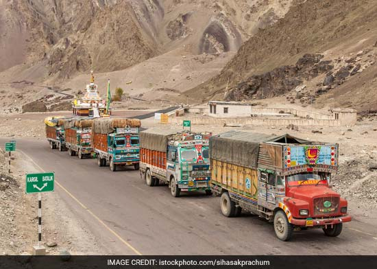 Speed Governors Mandatory In Commercial Vehicles From January 31: Government