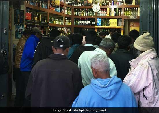 Highway Liquor Vendor Ban: 3000 Alcohol Shops In Goa To Be Shut Down