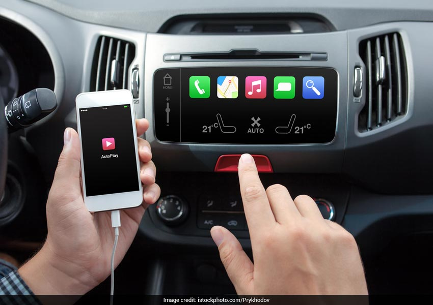 Alerting apps can alert about any possible malfunctions in the car before one sets off to drive