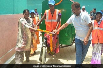 Women Operated E-Rickshaws To Improve Waste Collection In Raipur