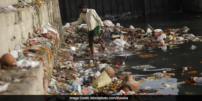 National Green Tribunal Pulls Centre, Uttar Pradesh Government Over Reckless Dumping Of Garbage On Temporary Dumping Site