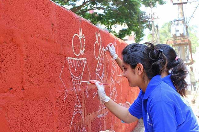 Painting Their Way To Swachhta 1 200 Citizens Are Beautifying