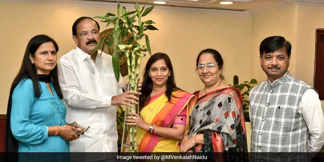 Union Minister M Venkaiah Naidu Urges Delhi Civic Bodies To Improve Swachhta Survekshan Rankings
